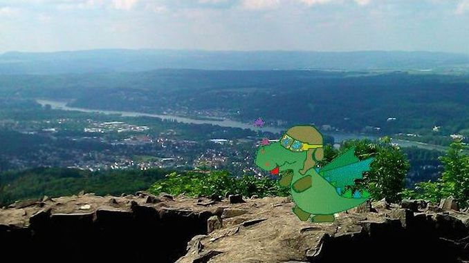 Dragon Tayfun on Mount Löwenburg, Siebengebirge, Bad Honnef
