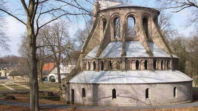 Heisterbach Abbey, medieval choir ruin